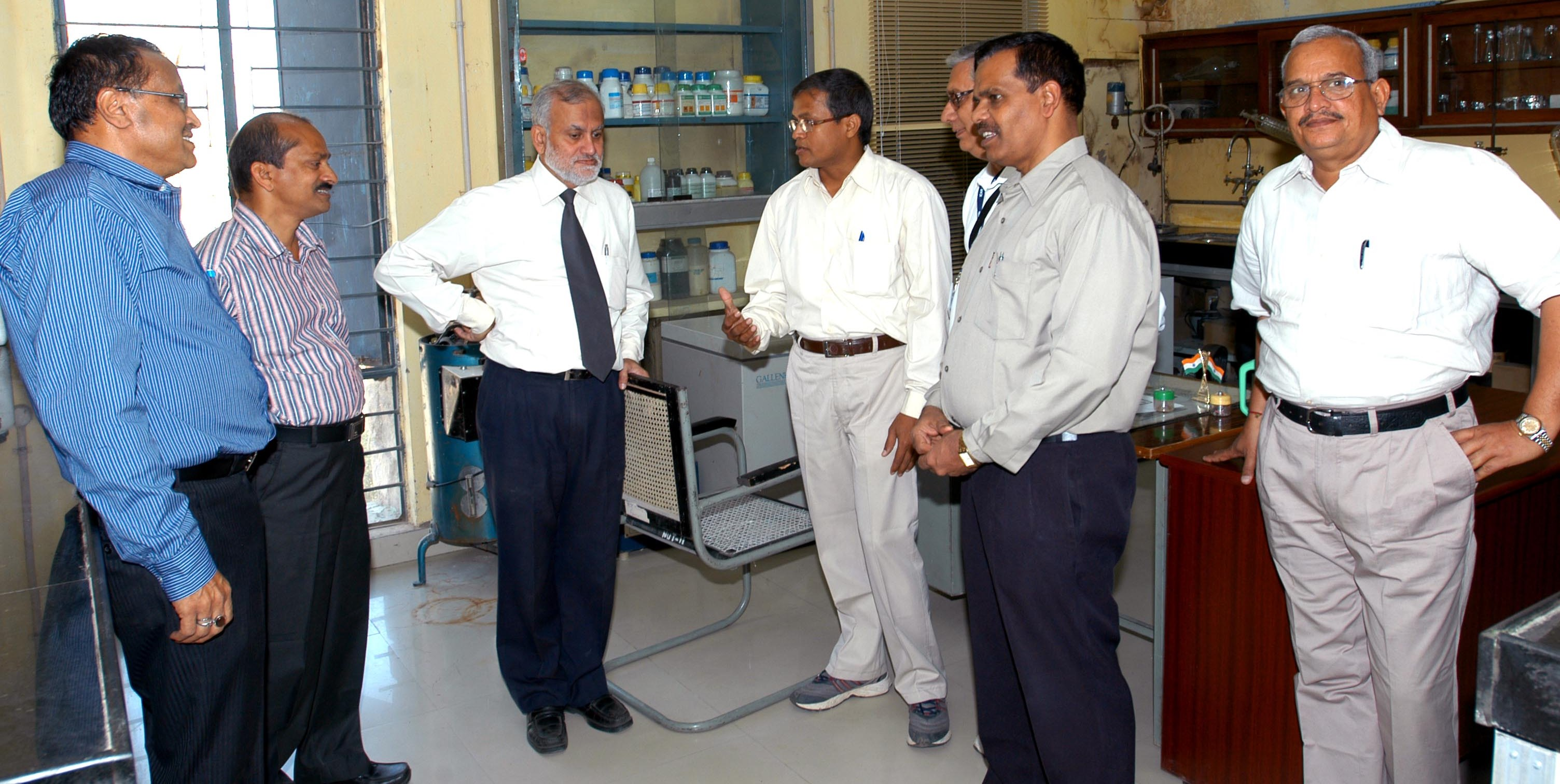 Discussion at Nutrition Lab